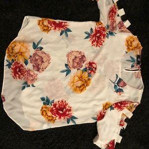 Very beautiful like new blouse